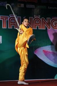 Vu Thi Binh Minh danse du sabre